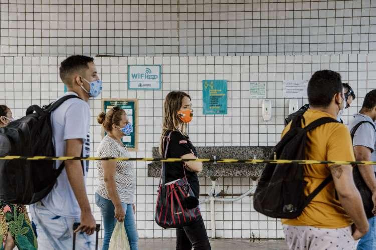 Pandemia segue em estabilização no Ceará. Letalidade da doença está em 3,2% no Estado (Foto: JÚLIO CAESAR)