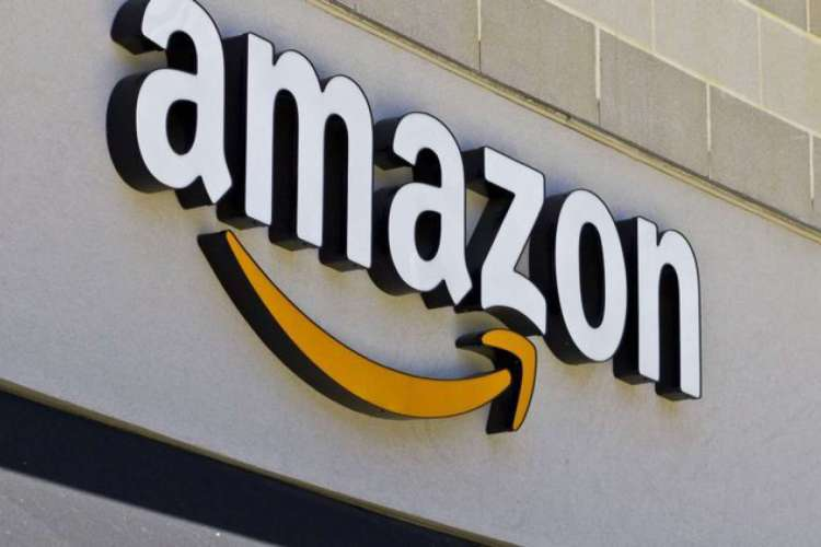 Amazon gera polêmica ao colocar à venda livro acusado de pornografia infantil (Foto: Reprodução)