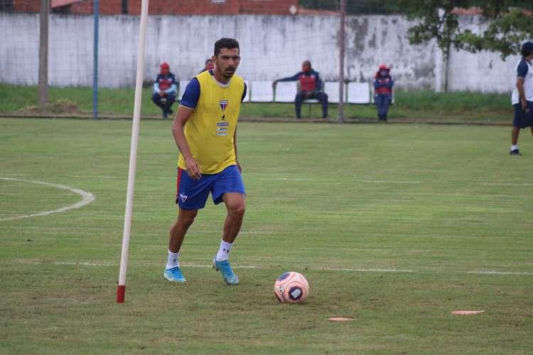 Bruno Melo diz que em casa, mesmo sem torcida, adversários vão sentir a pressão do Fortaleza  (Foto: Bruno Oliveira/Fortaleza EC)