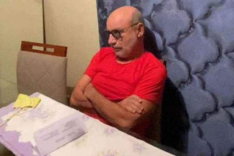 Fabrício Queiroz, ex-assessor do senador Flávio Bolsonaro, ficou escondido no Guarujá, em apartamento do ex-advogado de Flávio, antes de ser preso em Atibaia  (Foto: foto Policia Civil)
