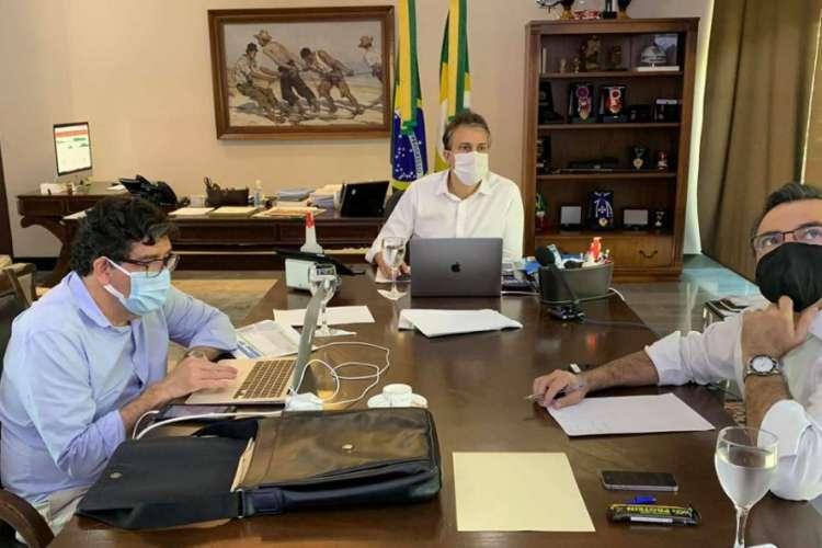 Camilo e o Comitê em reunião virtual (Foto: DIVULGAÇÃO)