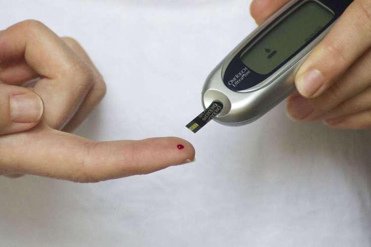 Manter o tratamento e a diabetes controlada é chave para levar uma vida normal (Foto: Arquivo)
