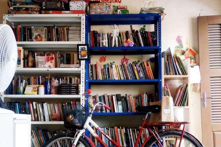 A Biblioteca Comunitária Livro Livre Curió está fazendo campanha para continuar funcionando (Foto: DIVULGAÇÃO)