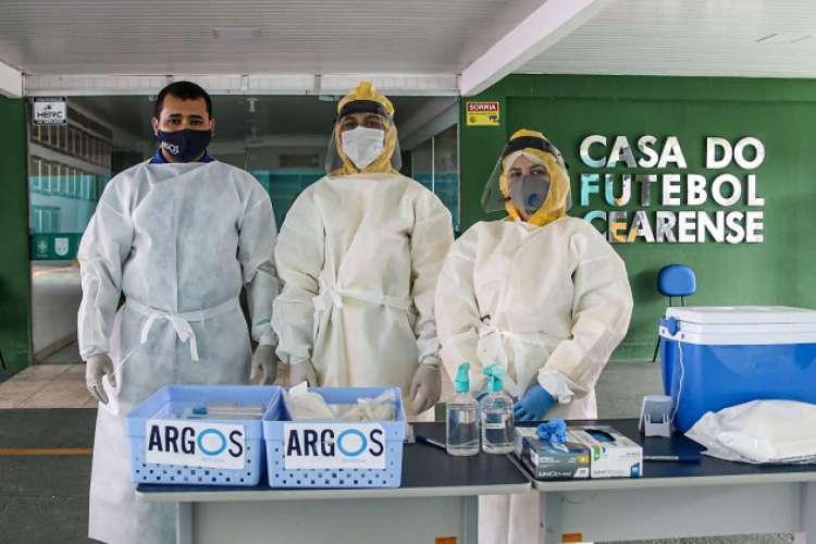 Testagem nos profissionais aconteceu nesta semana  (Foto: Pedro Chaves/FCF)