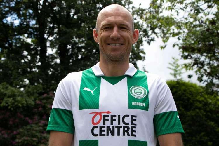 Robben foi revelado pelo clube holandês no início dos anos 2000  (Foto: Reprodução/Twitter/FC Groningen)