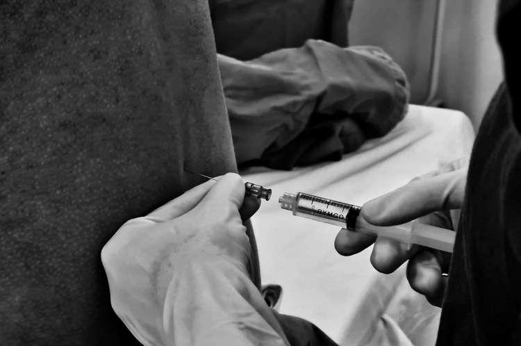 Especial médicos na pandemia Covid-19. Cena do dia a dia de médicos e médicas durante o caos sanitário causado pelo coronavírus em Fortaleza. 28/6/2020. Fortaleza-Ceará-Brasil. Foto: Nilfacio Prado