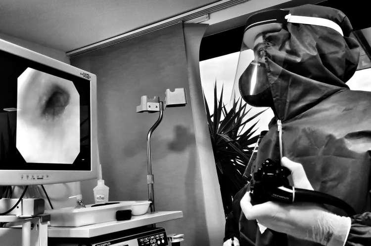 Especial médicos na pandemia Covid-19. Cenas do dia a dia de profissionais da saúde em um hospital de Fortaleza. 28/6/2020. Fortaleza-Ceará.Brasil. Foto: Nilfacio Prado