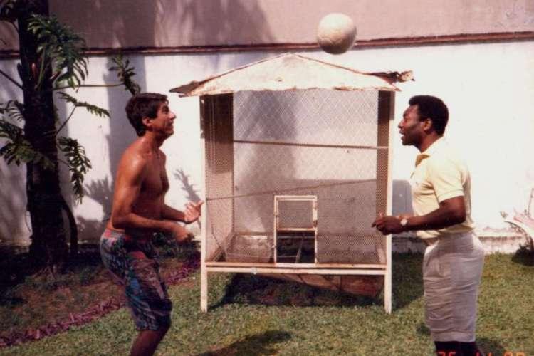 Amizade entre Fagner e Pelé começou na despedida do