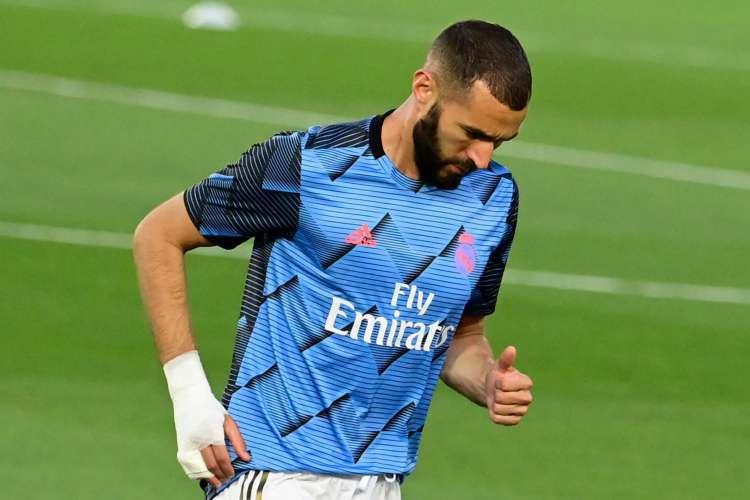 Karim Benzema teve pedido de processo solicitado pela Promotoria de Versalhes (Foto: JAVIER SORIANO / AFP)