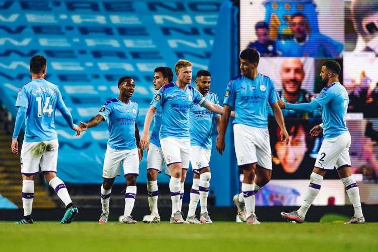 O Manchester City goleou o Liverpool por 4 a 0 pela Premier League (Foto: Divulgação/Twitter)