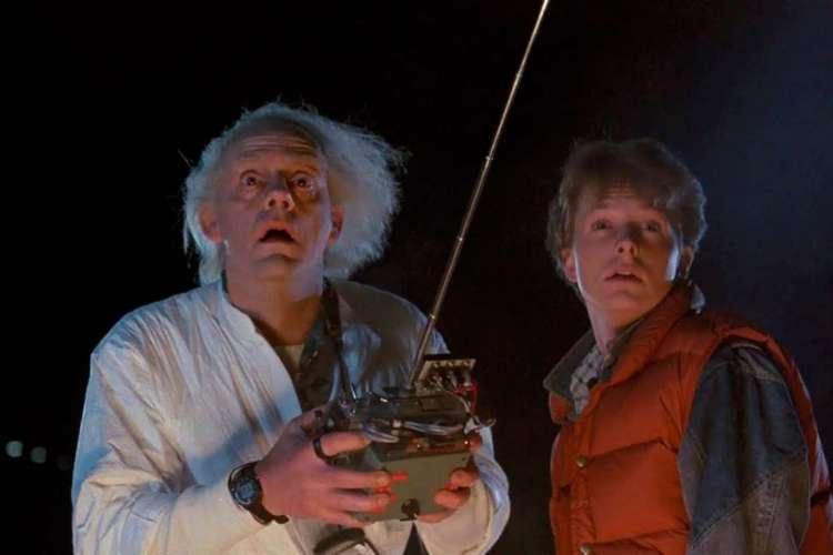 Marty McFly (Michael J. Fox) e Doc Brown (Christopher Lloyd) em