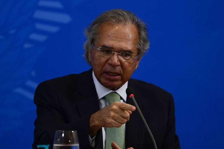 O ministro da Economia, Paulo Guedes, fala à imprensa no Palácio do Planalto, sobre os 500 dias de governo (Foto: Marcello Casal JrAgência Brasil)