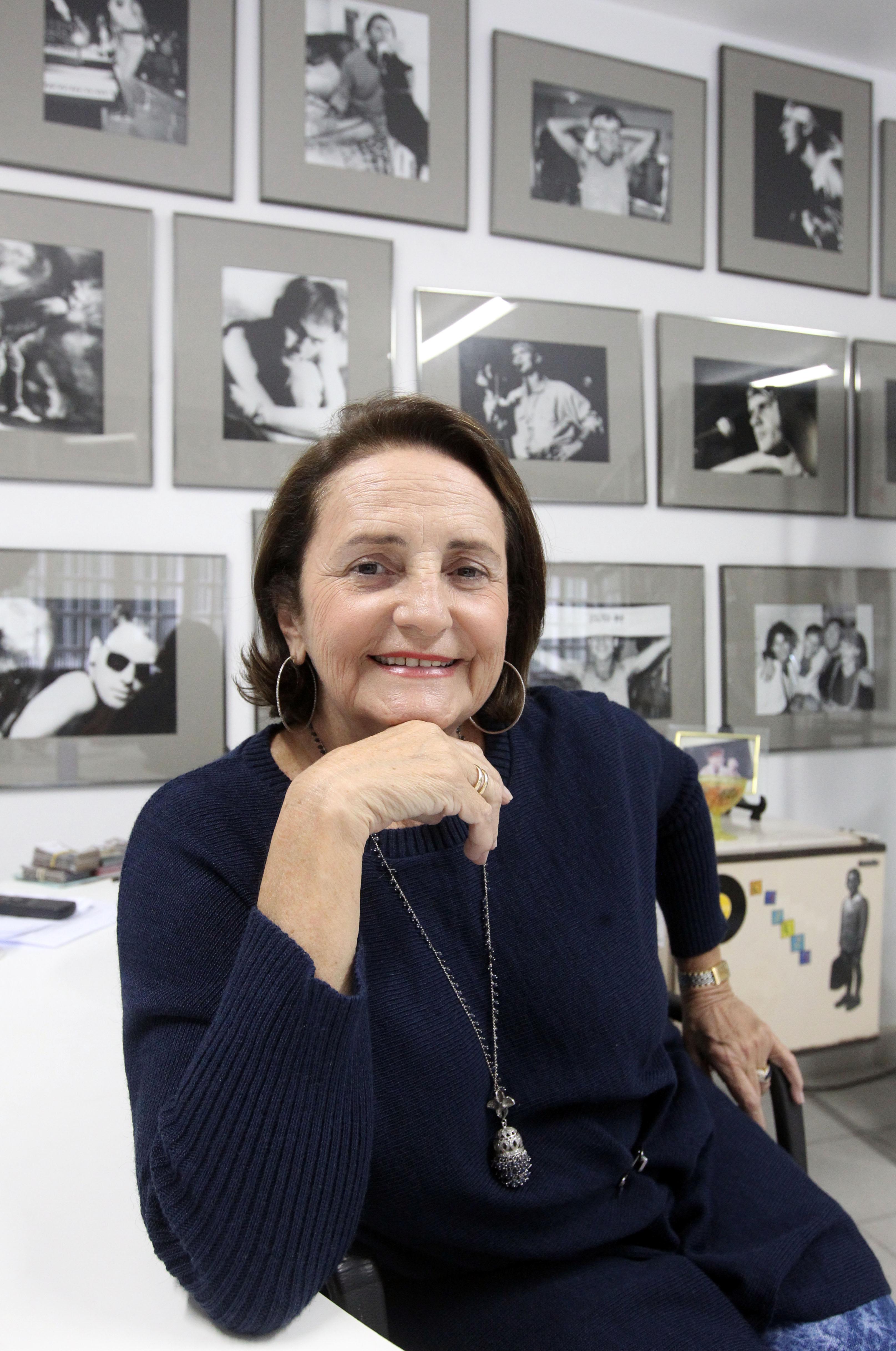 Rio de Janeiro, 06 de maio 2011. Entrevista com Lucinha Araujo, mae de Cazuza na instituicaoo Viva Cazuza, em Laranjeiras, na zona sul do Rio de Janeiro. (Foto: FABIO MOTTA/AE)