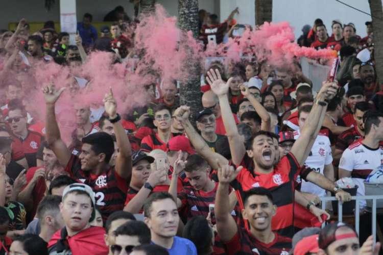 Transmissão ao vivo entre Flamengo e Volta Redonda será fechada e com taxa de R$ 10 para quem quiser assistir ao jogo. Sócio-torcedor não paga (Foto: Sandro Valentim/O POVO)