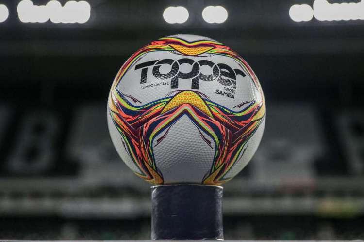 Fluminense e Botafogo se enfrentam hoje pela semifinal da Taça Rio (Foto: Lucas Mercon)
