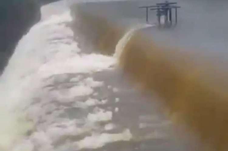 Açude abastece Baturité, distritos próximos e ainda auxilia na recarga hídrica do açude Aracoiaba, localizado no município vizinho (Foto: Reprodução/Instagram)