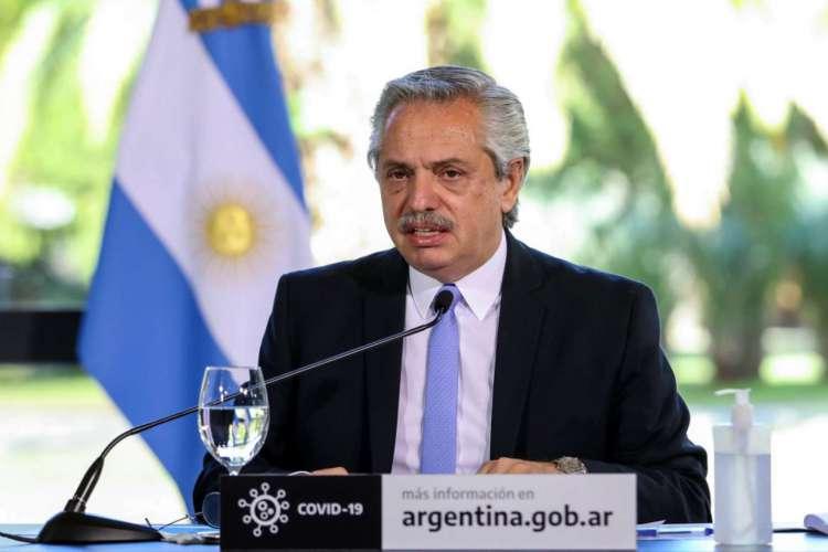 Presidente da Argentina, Alberto Fernandéz decretou lockdown no início da crise (Foto: ESTEBAN COLLAZO / Argentinian Presidency / AFP)
