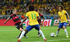 Os cinco gols da Alemanha vieram na primeira meia hora de jogo, com o placar do primeiro tempo sendo encerrado com 5x0. Aos 69 do segundo tempo, os alemães marcaram o sexto gol e o sétimo aos 79 minutos.