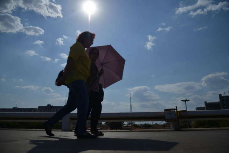 Barro, no Ceará, registrou hoje 35 graus e ontem, 15 (Foto: Fabio Rodrigues Pozzebom/Agência Brasil)
