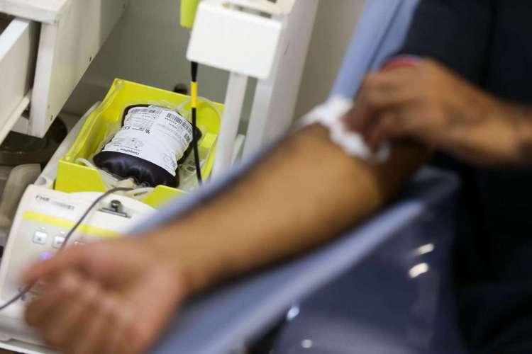 Para marcar o Dia Mundial do Doador de Sangue, Ministério da Saúde lança campanha de doação de sangue, no Hemocentro de Brasília (Foto: Marcelo Camargo/Agência Brasil)