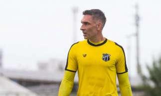 Fernando Prass, goleiro do Ceará, completou 42 anos no dia 9 de julho