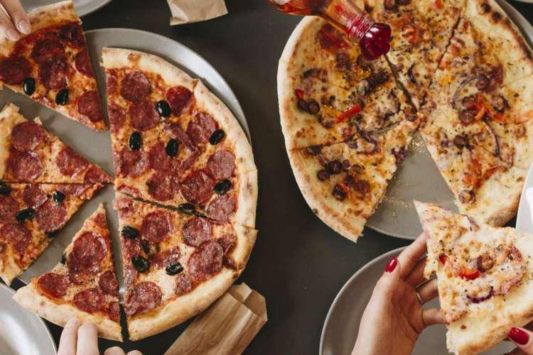 Reprodução/ Freepik  (Foto:  No Brasil, a data é comemorada no dia 10 de julho desde 1985, em alusão a data final de um concurso, realizado em São Paulo, para eleger a melhor receita de pizza)