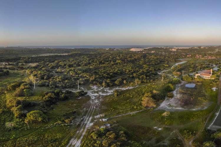 FORTALEZA, CE, BRASIL, 10.07.2020:  Conselho Gestor aprova construção de empreendimento em 50 hectares de área preservada nas dunas da Sabiaguaba (Foto: FCO FONTENELE)