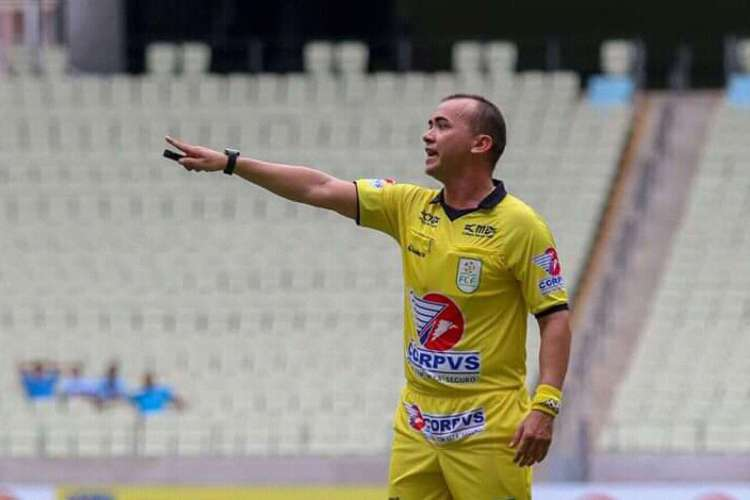 Magno Cordeiro vai comandar a partida entre Guarany-S e Fortaleza  (Foto: Pedro Chaves/FCF/Canal da Bola )