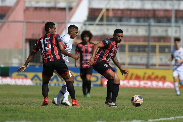 Caucaia bateu o Pacajus na rodada de estreia da segunda fase, mas pode ficar devendo três pontos  (Foto: Pedro Chaves/FCF)
