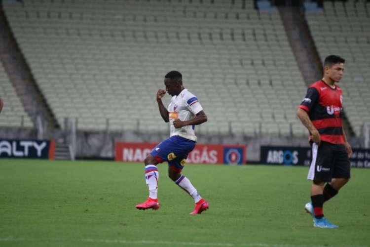 Yuri César tem quatro jogos e quatro gols com a camisa do Leão  (Foto: Leonardo Moreira/Fortaleza EC)