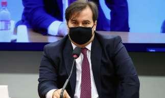 Rodrigo Maia participou da reunião de ontem da comissão da reforma tributária da Câmara e defendeu a necessidade do debate