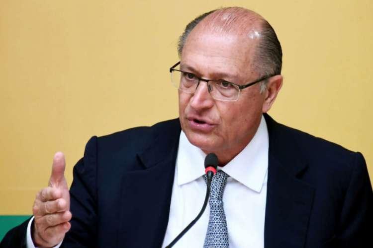 Justiça Eleitoral aceita denúncia do Ministério Público de São Paulo e Alckmin se torna réu por lavagem de dinheiro, corrupção passiva e caixa 2 (Foto: Miguel Schincariol/AFP)