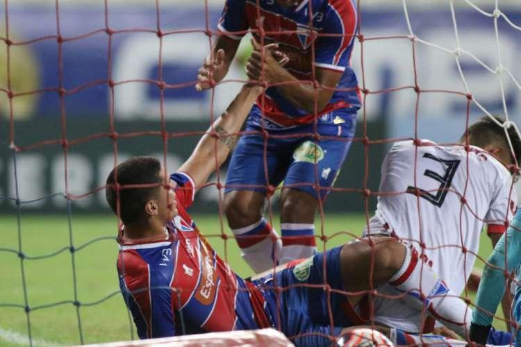 Fortaleza não foi incluído na grade de programação do canal TNT, que pertence à Turner  (Foto: PEDRO CHAVES / FCF)