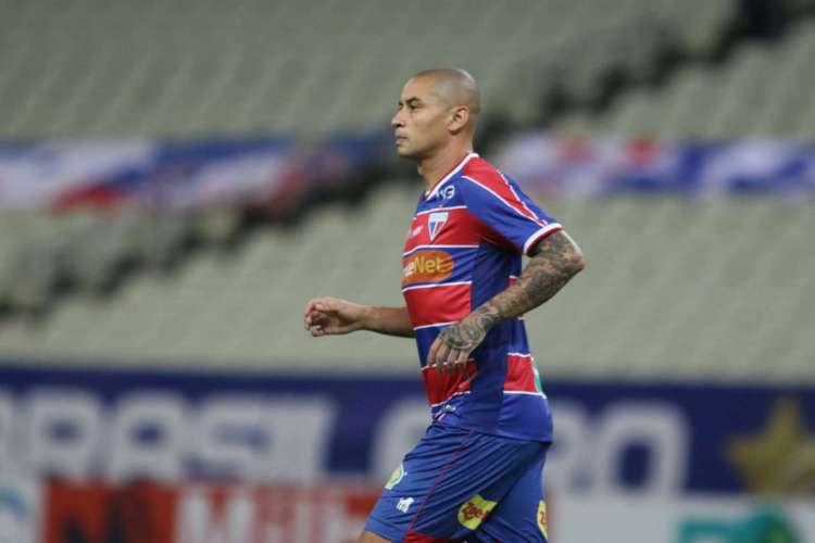 Wellington Paulista é artilheiro do Fortaleza na temporada, com seis gols (Foto: PEDRO CHAVES / FCF)