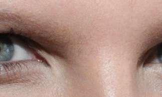 O teste consistia em medir o tamanho das pupilas dos participantes, enquanto eles eram expostos a imagens