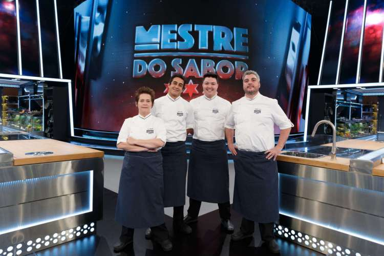 Ana Zambelli, Dário Costa, Júnior Marinho e Serginho Jucá: finalistas do programa Mestre do Sabor (Foto: Fábio Rocha/ Globo/ Divulgação)