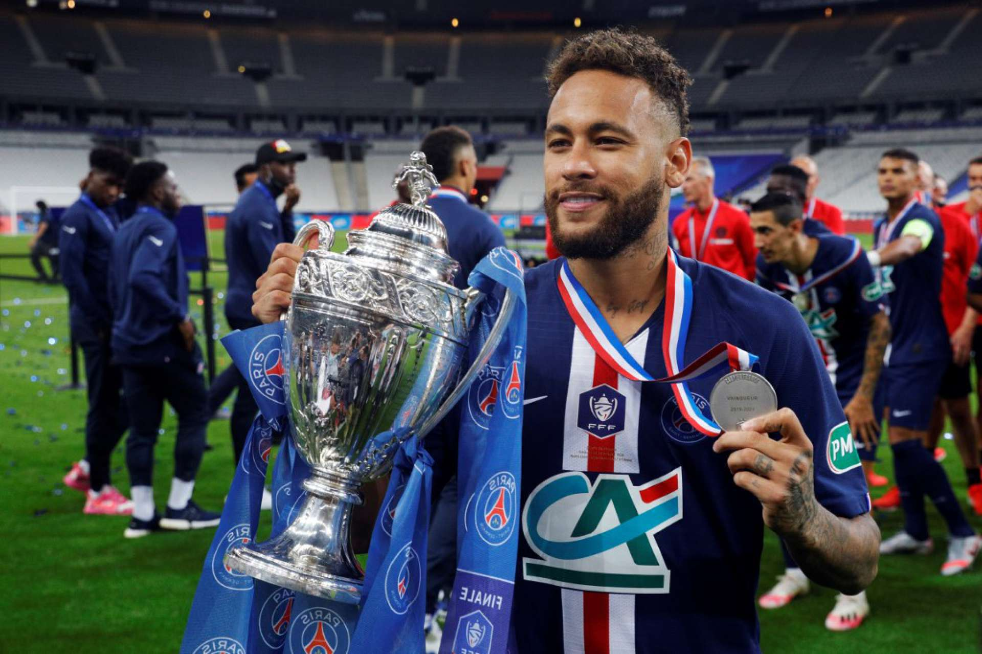 Com gol de Neymar, PSG é campeão da Copa da França | Esportes | OPOVO+