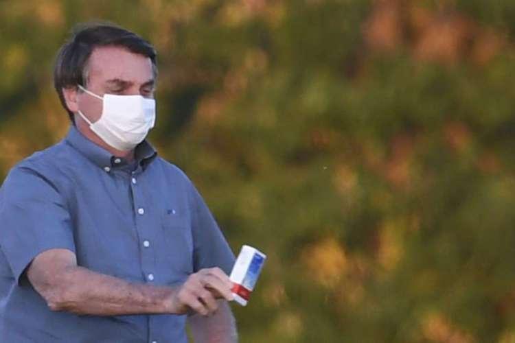 Jair Bolsonaro testou positivo pela terceira vez para a Covid-19 e segue infectado pela doença  (Foto: EVARISTO SA / AFP)
