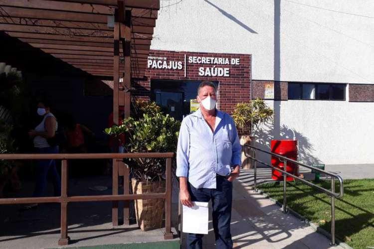 Funcionários e profissionais de saúde que atuam no Hospital Municipal de Pacajus fizeram denúncia sobre a situação do equipamento durante a pandemia (Foto: Divulgação/Sindisaude)