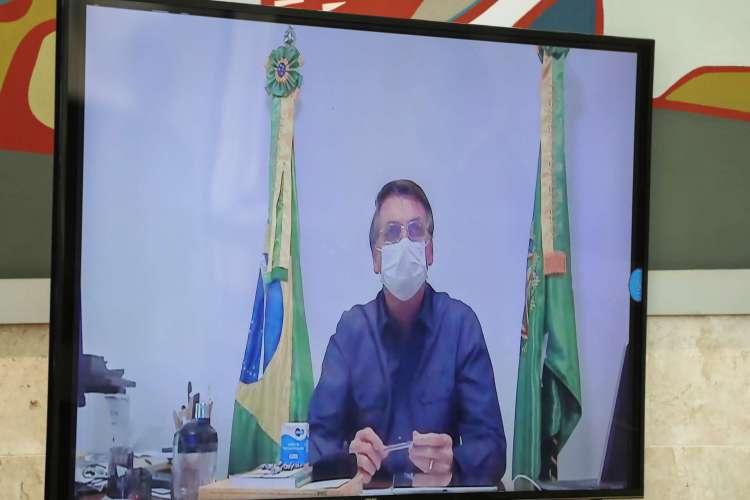 Bolsonaro estava isolado há 19 dias e realizando atividades presidenciais através de videoconferências (Foto: Marcos Corrêa/PR)