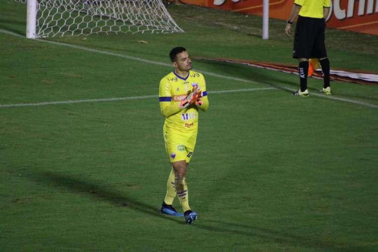 Felipe Alves, goleiro do Fortaleza, defendeu um pênalti contra o Sport (Foto: Bruno Oliveira/Fortaleza EC)