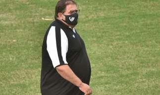 Guto Ferreira assumiu o Ceará durante o hiato do futebol nacional em decorrência da pandemia do novo coronavírus