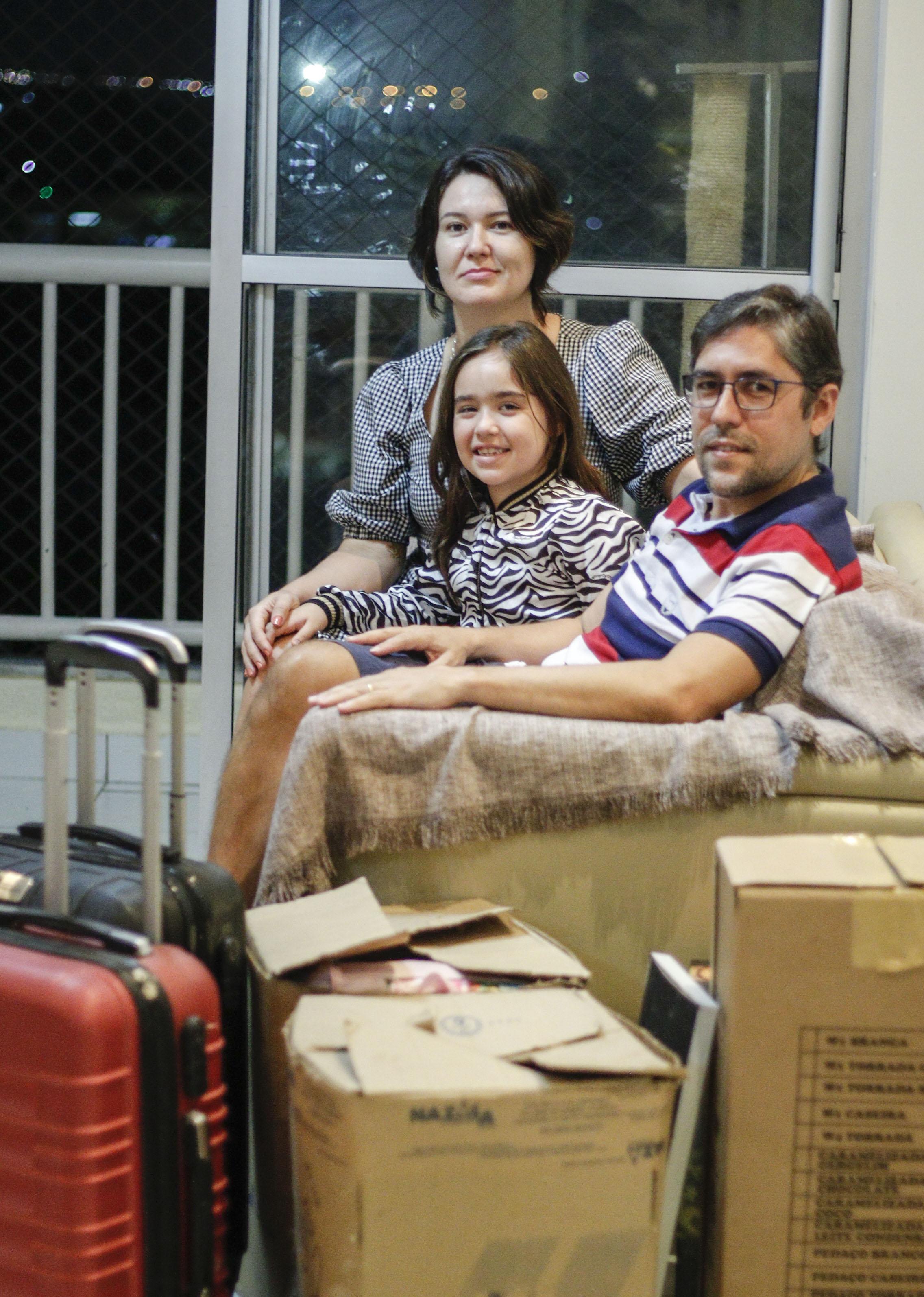 CARLOS EDUARDO Sampaio e família vão se mudar do apartamento para uma casa