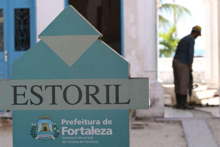 FORTALEZA, CE, BRASIL, 28.07.2020: Obras no Estoril. rua Tabajaras, praia de Iracema.  (foto:Fabio Lima/O POVO) (Foto: Fabio Lima)