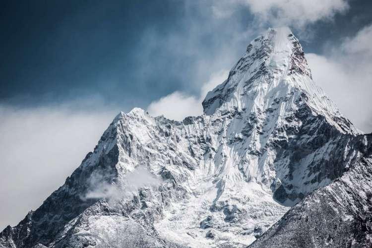 Everest Base Camp Trekking Route, em Nepal. (Foto: Unsplash/Martin Jernberg)