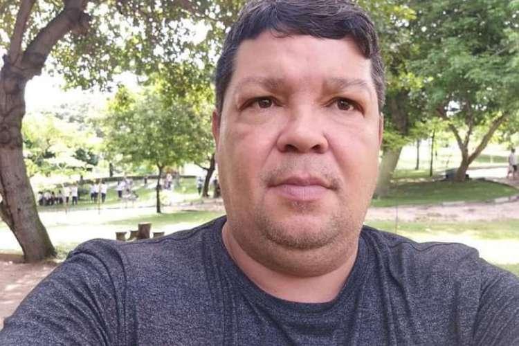 Carlos Renato é diabético, tem problemas renais e hipertensão, além de ser operado por hérnia de disco e sobrepeso (Foto: Arquivo pessoal)