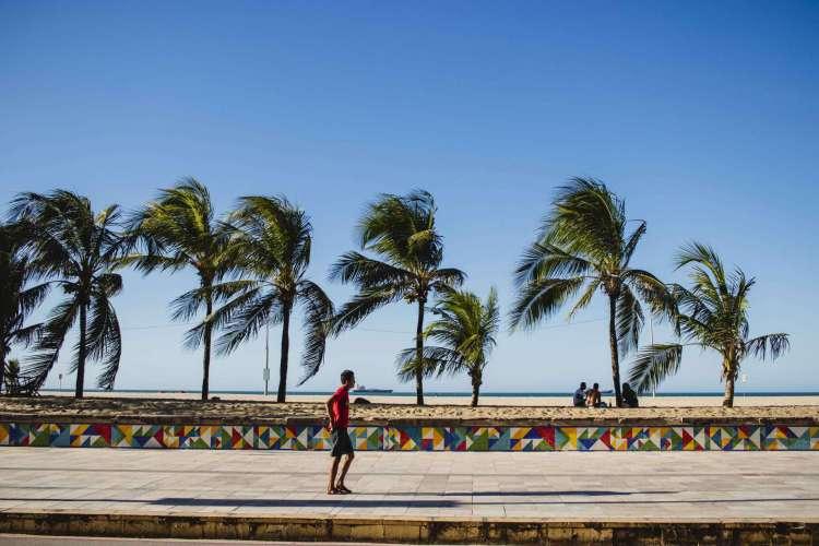 Marinha emite alerta de ventos de até 60 km/h no litoral do Ceará até o fim da noite de quinta-feira, 3; Litoral do Nordeste deve ter ondas de até 2,5 metros até sexta-feira, 4 (Foto: Aurelio Alves/ O POVO)