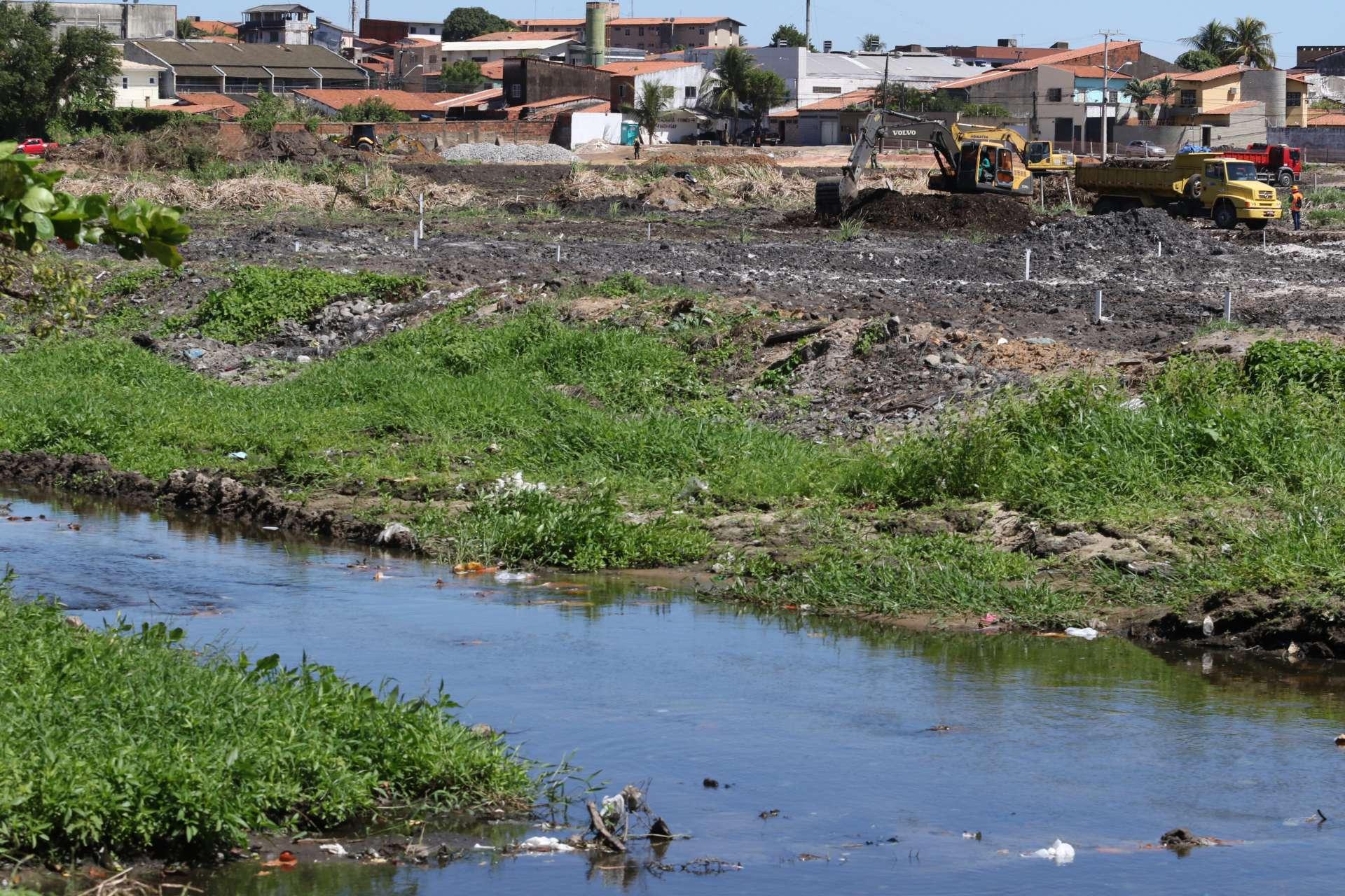 FORTALEZA, CE, BRASIL, 04.08.2020:  Obras do Parque Rachel de Queiroz no bairro São Gerardo.   (Fotos: Fabio Lima/O POVO)