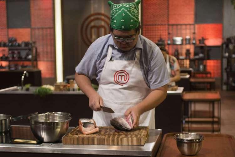 Paulo Henrique vence 4º episódio Masterchef usando cabeça de salmão no prato principal  (Foto: Divulgação Masterchef)