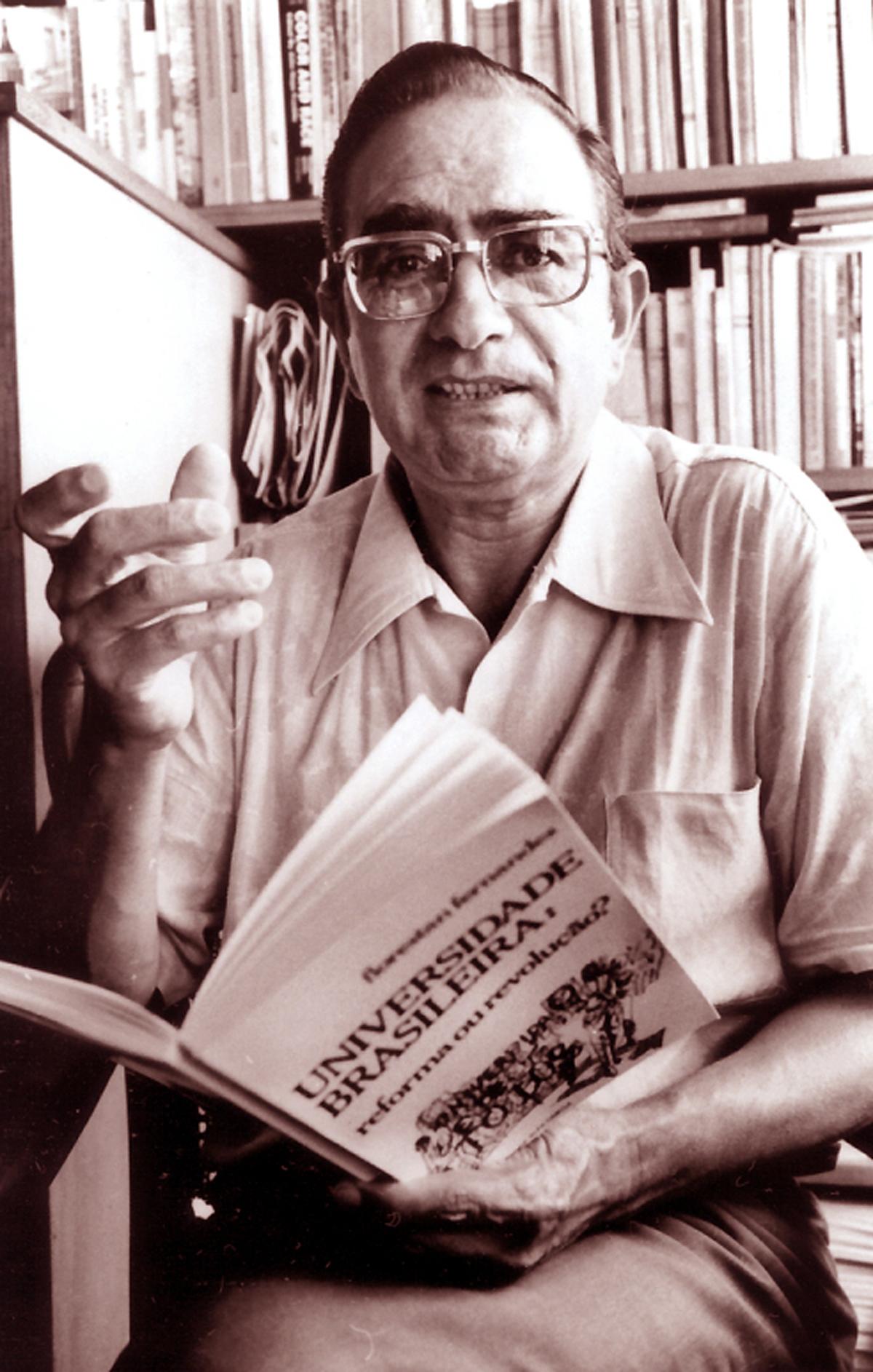 Sociólogo Florestan Fernandes foi um dos maiores pensadores do País
